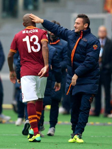 AS Roma 2-1 Fiorentina :: GREAT FRANCESCO TOTTI :: THE KING OF ROME IS NOT DEAD :: NO TOTTI   NO PARTY